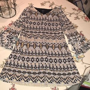 Adorable Girls Ruffle sleeve B&G dress 👗 ❤️